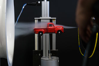 Automodell im Strömungskanal